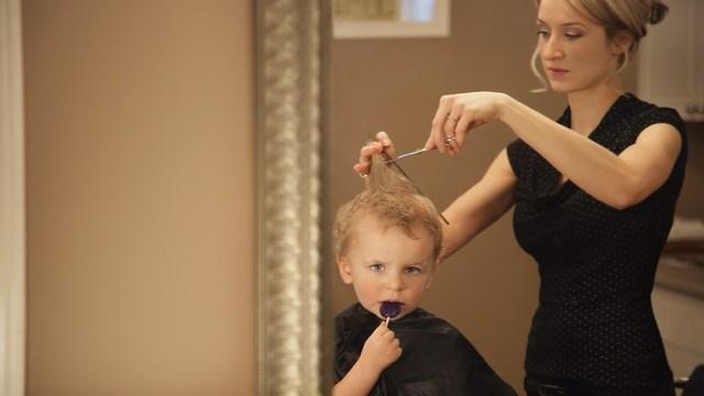 اصلاح موی کودک در منزل